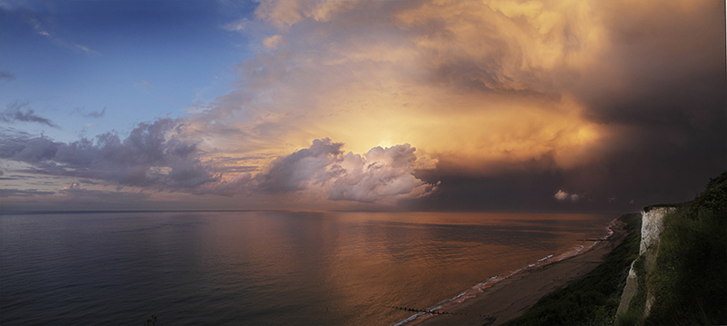 Storm clouds : towards Overstrand