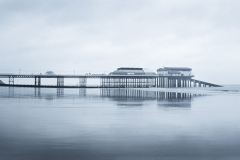 Quiet day : Cromer pier